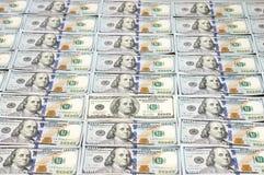 Строки новых долларовых банкнот дизайна Стоковое фото RF