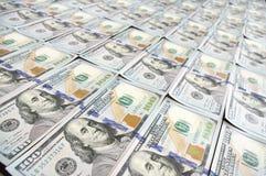 Строки новых долларовых банкнот дизайна Стоковые Фото