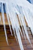 строя вися icicles стоковые изображения