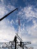 строя идти высок поднимает вверх tenement места дома жилища конструкции здания окна дома гаража фронта двери детали конструкции Стоковое фото RF