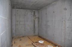 Строя новые конкретные погреб хранения или интерьер укрытия торнадо стоковое изображение rf