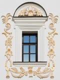 строя старое окно стоковые изображения rf