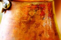 Структура детали медная на старой кофеварке помеец предпосылки коричневый Стоковые Изображения