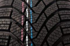 Структура детали новой автошины зимы Стоковые Фотографии RF