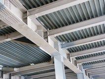 Структура металла здания под конструкцией Стоковое Фото