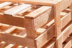 Структура незаконченной желтой панели цвета новой деревянная стоковая фотография