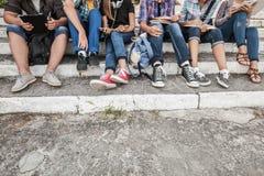 студенты парка стоковые изображения