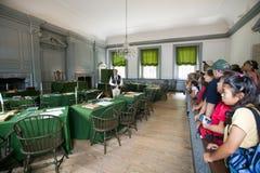 Студенты США в комнате агрегата стоковые фотографии rf