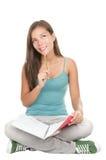 студент изолированный женщиной изучая думать Стоковые Изображения RF