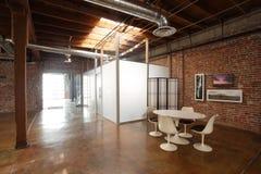 студия просторной квартиры самомоднейшая Стоковое Фото