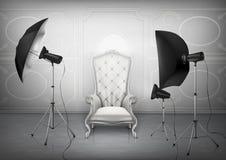 Студия фото вектора с креслом и softboxes Стоковые Изображения