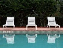 стулы опорожняют салон Стоковое фото RF
