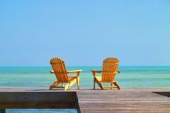 стулы 1 опорожняют 2 Стоковые Фотографии RF