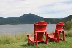 Стулы Adirondack Стоковое Фото