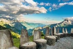 Стулья богов для встречать в горах стоковые фотографии rf
