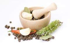 ступка spices деревянное Стоковая Фотография RF
