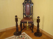 Стул в королевском дворце Livadia комнат стоковые фотографии rf
