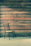 Стул в пустой комнате Стоковое фото RF