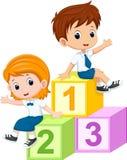 2 студента сидя на блоках номеров бесплатная иллюстрация