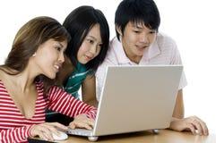 Студенты работая как группа Стоковая Фотография RF