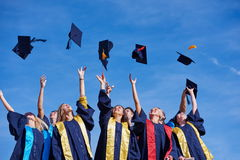 Студенты студент-выпускников средней школы стоковая фотография