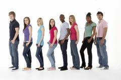 студия группы друзей подростковая Стоковые Изображения