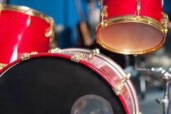 Студия красного барабанчика установленная внутренняя Стоковая Фотография