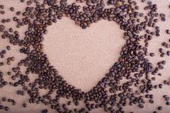 студия съемки сердца кофе фасолей Стоковая Фотография