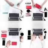 студия съемки людей бизнес-группы совместно работая Стоковое Изображение RF