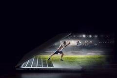 студия футбола игрока изображения действия польностью isloted Мультимедиа Стоковая Фотография