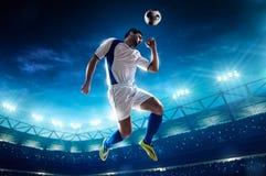студия футбола игрока изображения действия польностью isloted Стоковые Изображения RF