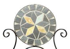 Стул камня мозаики сада на белой предпосылке Стоковое Фото