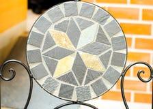 Стул камня мозаики сада Стоковые Изображения