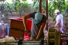 Стул фабрики и стеклоткань rowing стоковое фото