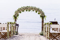 Стулья для wedding места на пляже. Стоковая Фотография RF