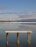 стыковка вне плавая вода Стоковое Изображение RF