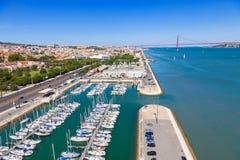 Стыковки на банках реки Тахо, Лиссабона стоковое изображение