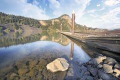 Стыковки шлюпки на озере Вашингтон Drano стоковое фото rf