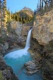 Стэнли падает в каньон заводи красоты, национальный парк яшмы в Al Стоковое фото RF