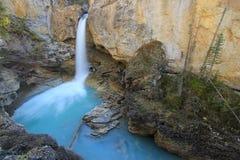 Стэнли падает в каньон заводи красоты, национальный парк яшмы в Al Стоковое Изображение