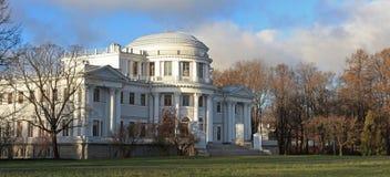 Ст Петерсбург, Россия. Дворец Elagin стоковое изображение