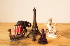 Сувениры от путешествовать по всему миру Стоковые Изображения RF