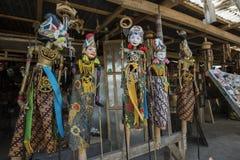Сувенир от острова Бали Традиционная деревянная марионетка картины Индонезия Стоковая Фотография RF