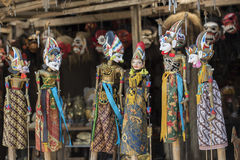 Сувенир от острова Бали Традиционная деревянная марионетка картины Индонезия Стоковое Изображение