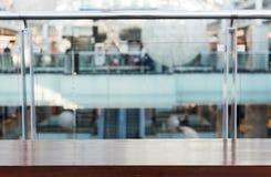 Суд в запачканном торговом центре, для ваших товаров стоковые изображения rf