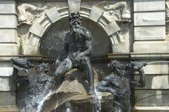суд детализирует фонтан Нептун Стоковое Изображение