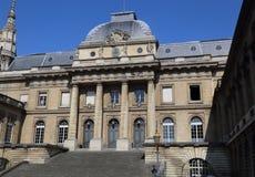 Суд Парижа, Франции стоковое изображение rf