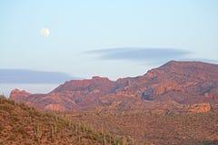 суеверие гор moonrise Стоковая Фотография RF