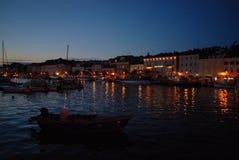 Сумерк в гавани Мали Losinj, Хорватии Стоковая Фотография