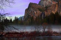 Сумерк в Yosemite стоковые изображения